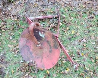 Antique tractor attachment