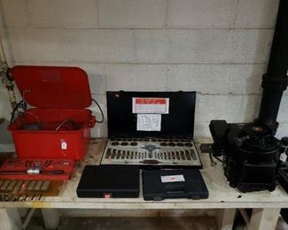 Parts washer, various tools, small engine