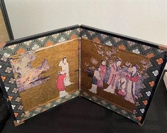 """Small Chinese screen 9.75""""W x 6""""H BUY IT NOW $6"""