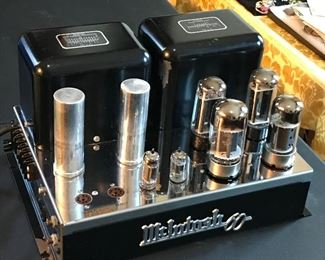 McINTOSH 60 TUBE AMPLIFIER