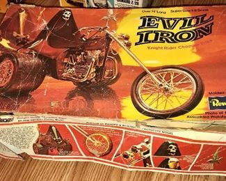 EVIL IRON REVELL MOTORCYCLE MODEL