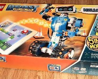 LEGO BOOST 5 IN 1 MODEL
