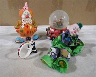 lot of glass clown figurines
