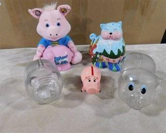 lot of 5 piggy banks