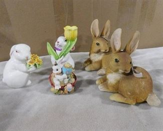lot of bunny statues