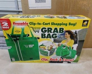 Grab bag reusable clip-to-cart shopping bag