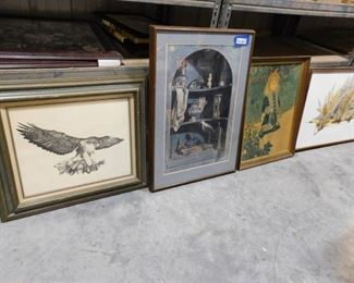 lot of 5 decorative hanging pictures