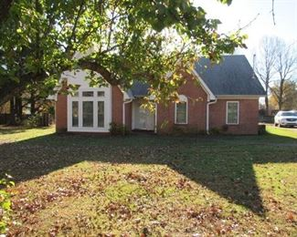 2 Story Brick House w/Approx. 2,000 Plus Square Feet
