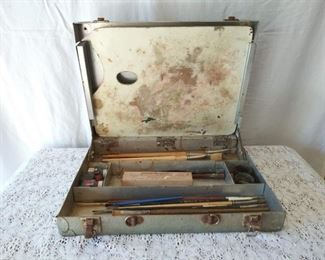 Painter's Art Kit in Steel Box