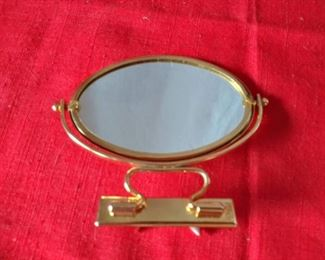 "Lou Taylor 4"" handbag swivel mirror (Lot 780)"