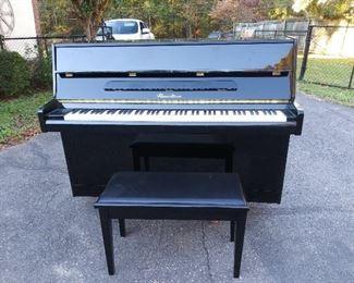 Hazelton Piano