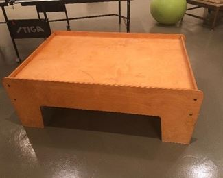 $95 / Little Colorado Train / Activity table. Great larger size!