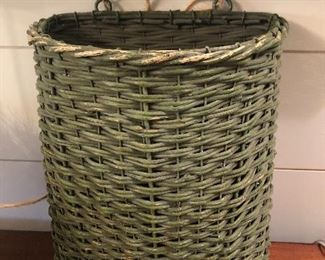 $24 / Vintage, painted green wall basket that is really well made