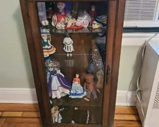 Display Cabinet with Dolls