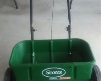 Scotts 3000 Seeder
