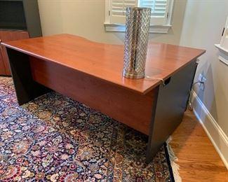 "Actiu Contemporary Home Office Desk Approx. 13'x9'8"" Hand Woven Area Rug"