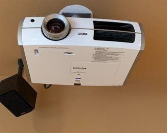 Epson PowerLite Home Cinema 8350 Projector