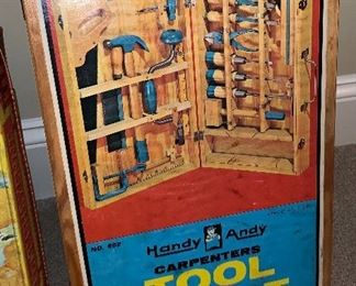 Handy Andy Carpenters Tool Chest