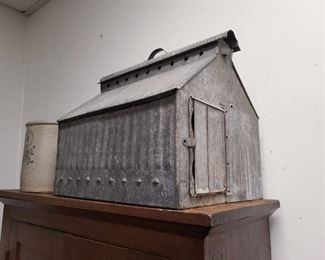 Galvanized Metal Chicken Brooder House