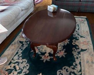 Stunning cherry drop leaf coffee table $175