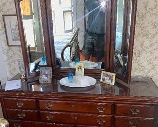 Bedroom set - Brielle furniture- like new ! $1500 Low chest with mirror