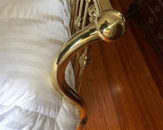 Very unique brass sleigh bed . Purchased for $3500 30 years ago asking $1500 or b/o