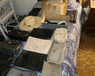 Bed W/ Purse Collection