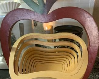 Wooden nesting apple