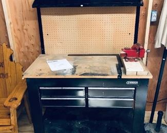 Tool work table with tool organiser