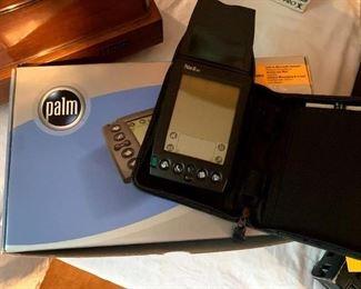 Palm IIIxe Handheld w/Accessories & Box!