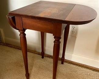 Vintage Drop Leaf Accent Table!