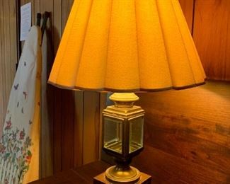 Vintage Brass Lantern Lamp!