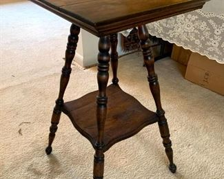 Vintage Accent Table!