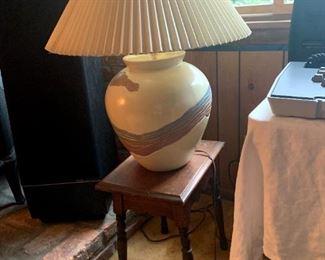 Vintage Southwest Design Lamp & Vintage Table!