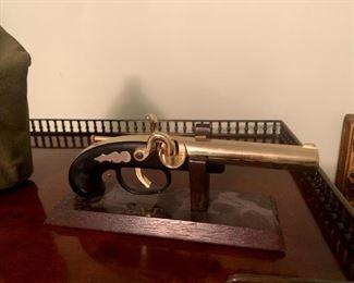 Vintage Flintlock Pistol Gun Lighter!