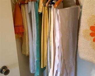 Beautiful Vintage Linens!
