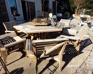 patio furniture w/6 chairs