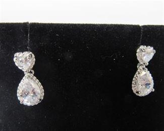 3.5 ct white topaz earrings