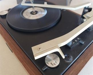 004 Panasonic RD7413 Automatic Turntable Unique Size Record Player