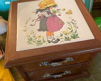 Vintage Holly Hobbie jewelry box