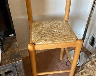 kitchen counter/bar stools, 2