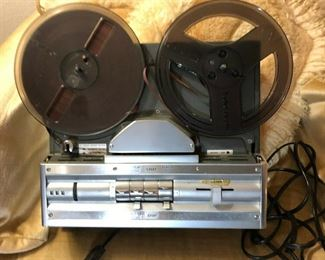 https://www.ebay.com/itm/124460947707	TL8041 Wollensak 3 M 1580 Reel to Reel Tape Record Parts Not Tested Pickup Only		 Buy-IT-Now 	 $20.00