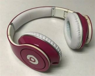 https://www.ebay.com/itm/124461073774	HY009 BEATS BY DR. DRE HEADPHONES PINK AND WHITE IN CASE WITH CORD, UNTESTED		 Auction