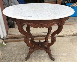 https://www.ebay.com/itm/114545284029	KG0073 Italian Marble Ovel Wooden Accent Table Pickup Only		Auction