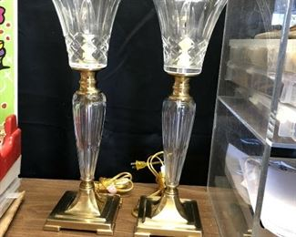 https://www.ebay.com/itm/114501784858	KG4008 Dale Tiffany Hand Cut 24% Lead Crystal and Brass Lamps (2) Pickup Only		 OBO 	 $200.00