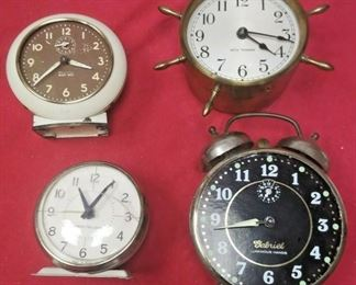 https://www.ebay.com/itm/114426953562	LX3008 LOT OF FOUR VINTAGE WIND UP ALARM CLOCKS FOR REPAIR OR PARTS		 OBO 	 $19.99