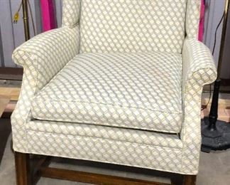 https://www.ebay.com/itm/114552722396	PR4513: Wellington Hall Master Upholstered Fabric Occasional Chair Local Pickup		 Buy-IT-Now 	 $20.00