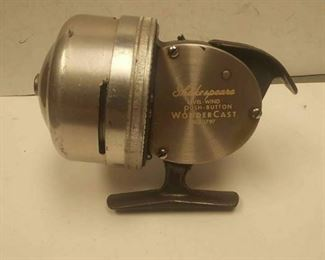 https://www.ebay.com/itm/124278719541	PR3029 USED VINTAGE SHAKESPEARE LEVEL-WIND PUSH-BUTTON WONDER CAST NO# 1797 FISH		 Buy-IT-Now 	 $20.00