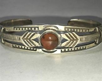 https://www.ebay.com/itm/124176094238	RX131: HANDMADE FRED HARVEY STERLING SILVER AND RED STONE BRACELET		 Buy-IT-Now 	 $150.00