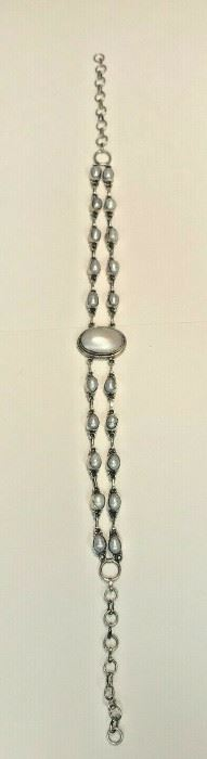 https://www.ebay.com/itm/124426454106	WL171 STERLING SILVER AND PEARL INLAY NECKLACE NEEDS CLASP 		 Buy-it-Now 	 $20.00